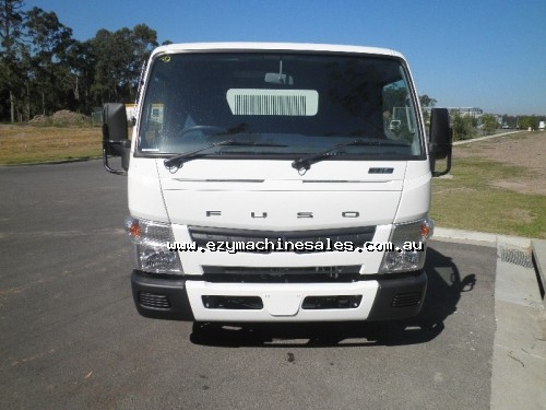 Fuso Canter 715 Wide Tipper-3
